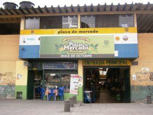 Fritanga Colombiana: Puedes encontrar las mejores Fritangas en Plaza 12 de Octubre