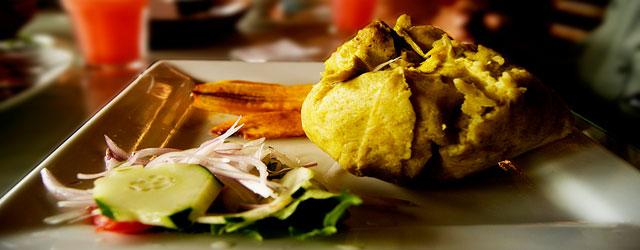 Juane de arroz, platos típicos de la selva.