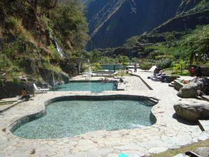 Puedes llegar a los baños termales de Colcamayo desde Llaqtapata