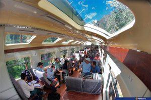 Tren a Machu Picchu. Tren en Perú