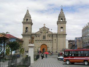 Completo Turístico Puyhuan Iglesia Matriz de Jauja