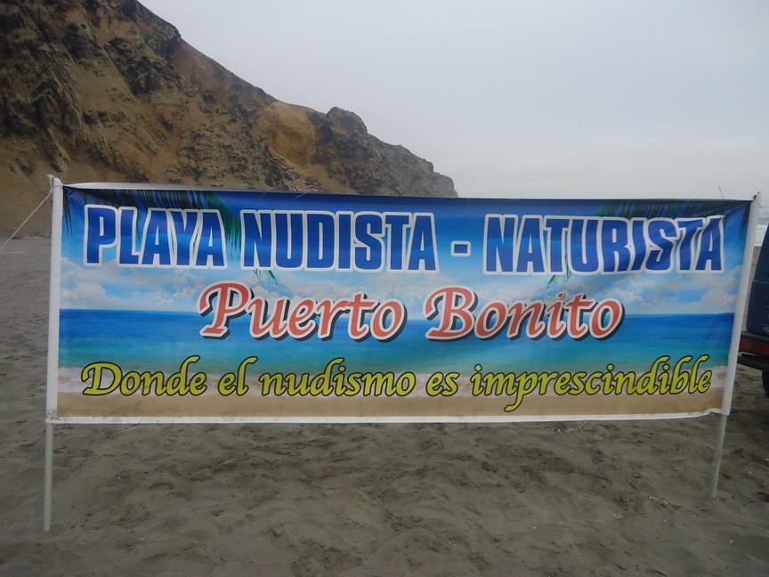 Resultado de imagen para playa puerto bonito, peru