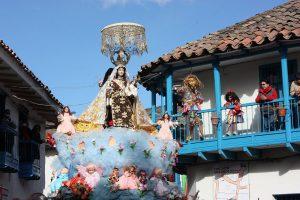 Tres Cruces Paucartambo virgen del carmen