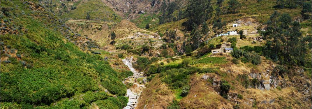 Laguna Rapagna Huarochiri