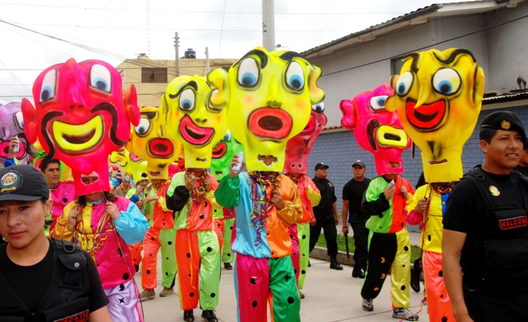 carnavales Perú