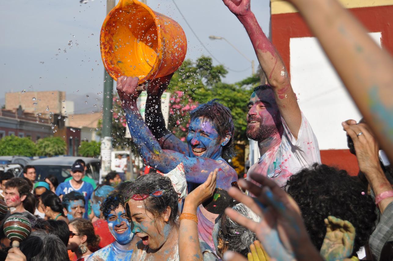 carnavales en Perú