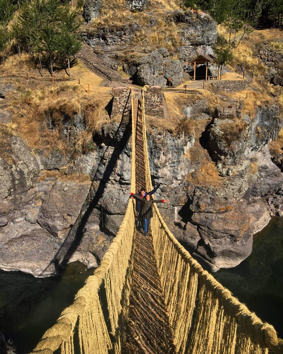 Puente Qeshuachaca. Foto: @laranagp