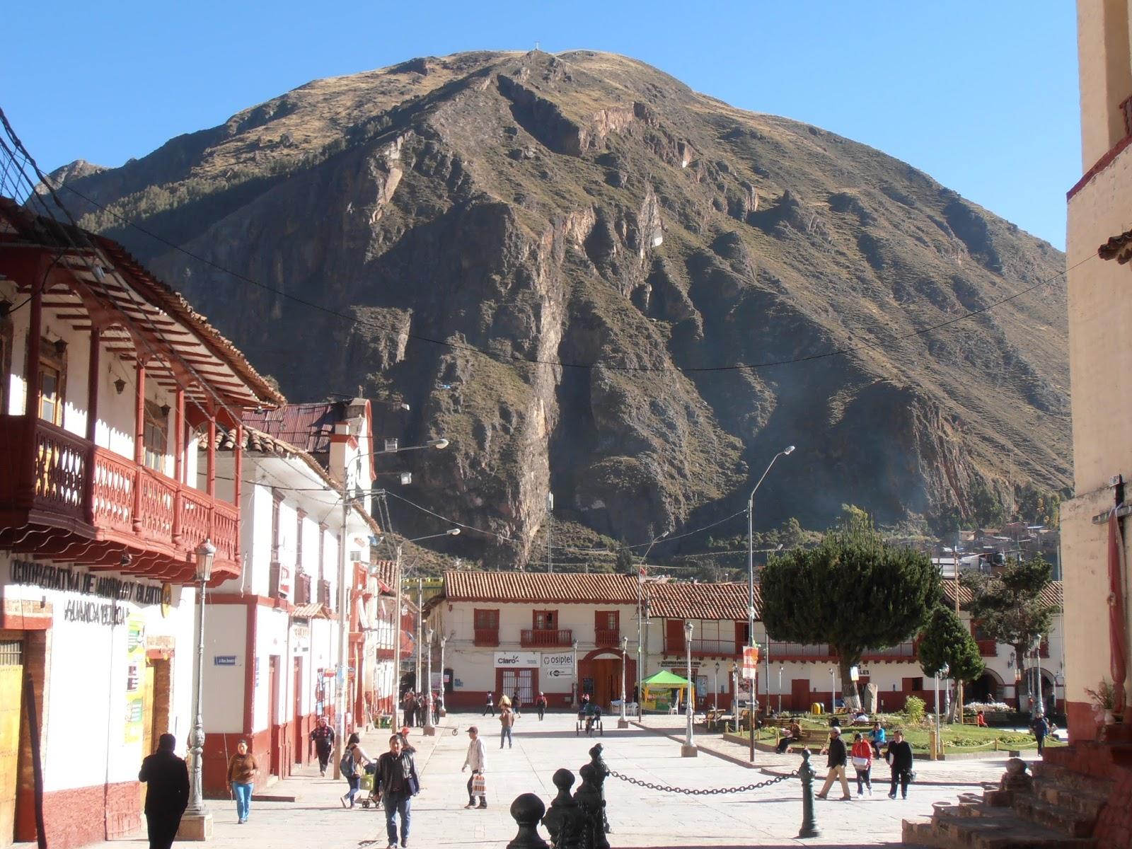 Plaza de Armas de Huancavelica. Foto: coser1.blogspot.com